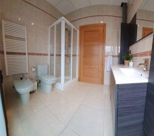 suite castaño habitacion triple casa juanin