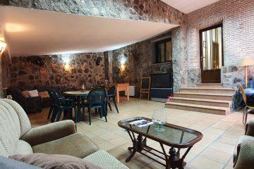 Salón de ocio completo del alojamiento turístico